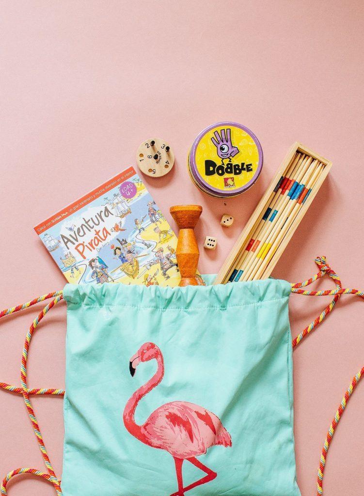 juguetes para viajar con niños