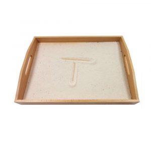 Bandeja para trazar letras con arena Montessori
