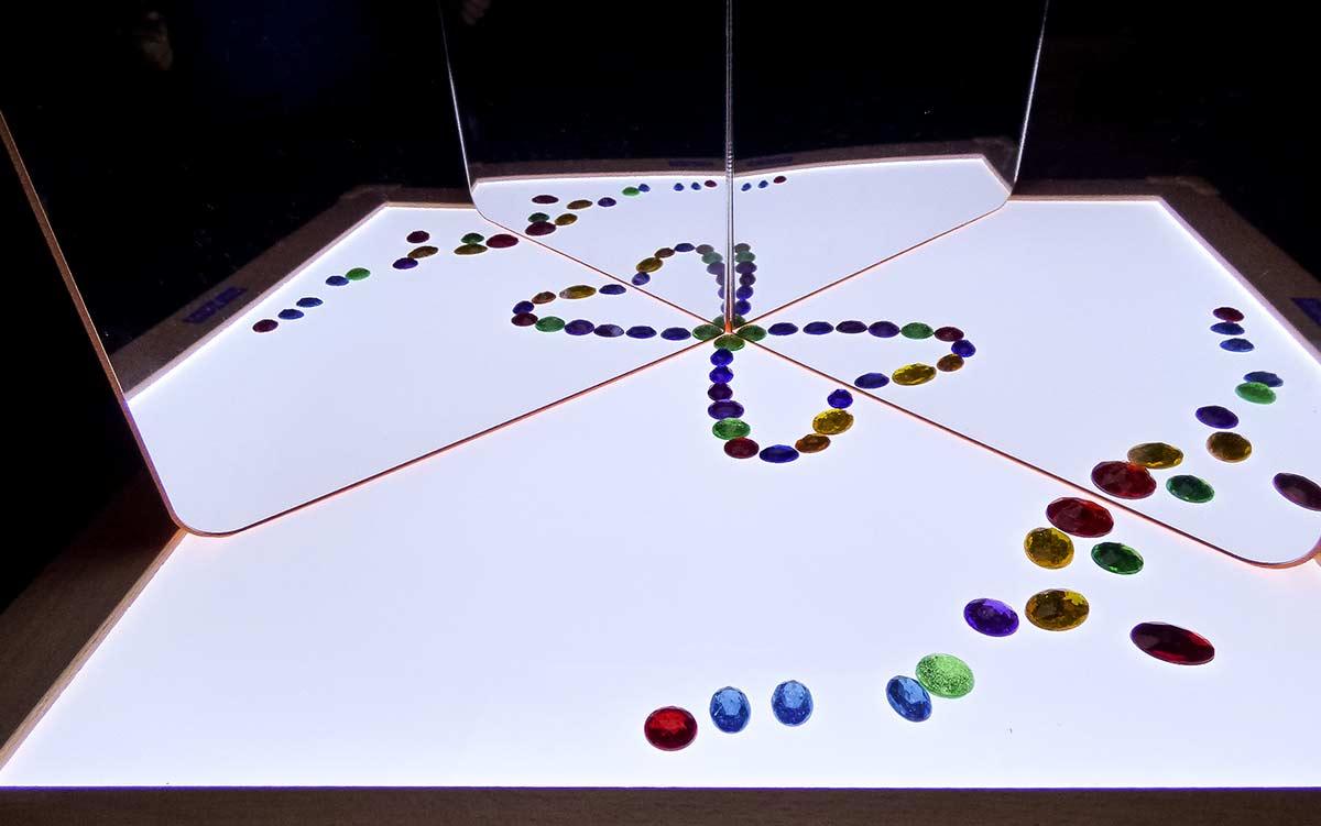 Juegos para mesa de luz