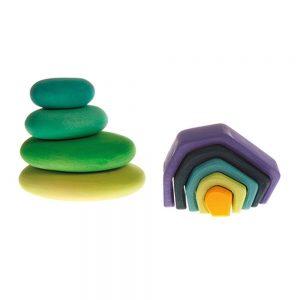 Piedras de madera verdes