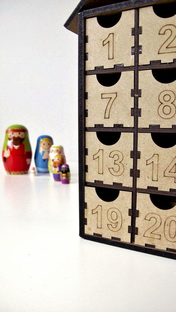 calendario de adviento y belén