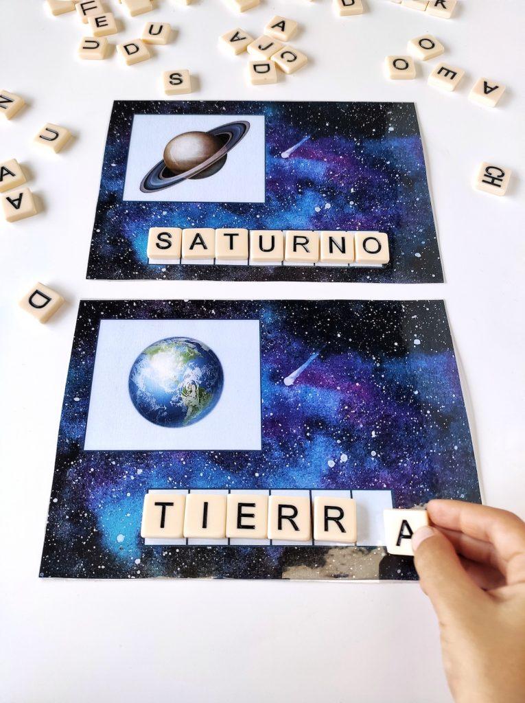Imprimible para escribir los nombres de cada planeta