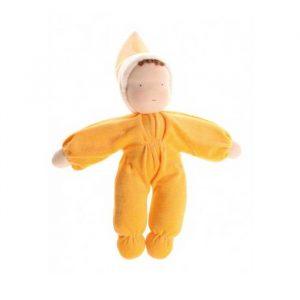 Muñeco de tela amarillo
